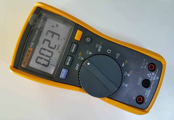 Fluke 115 Review 2019: Compact True-RMS Digital Multimeter